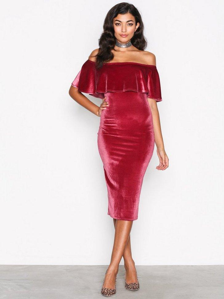 Nelly.com SE - Frill Velvet Dress 278.00 (348.00)