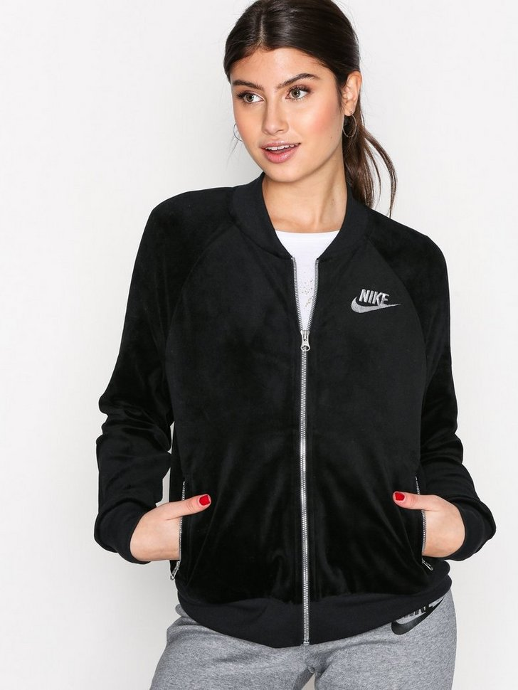 Nelly.com SE - NSW JKT Velour 648.00