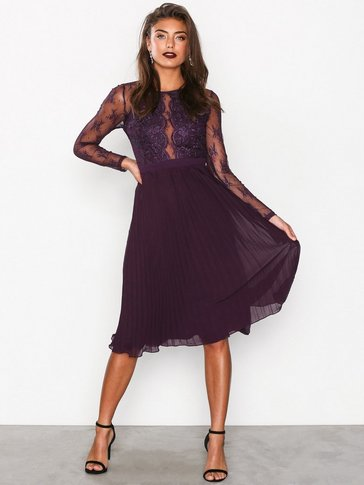 NLY One - Lace Pleated Dress