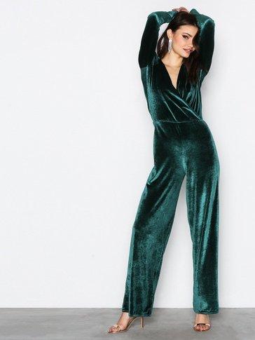 NLY One - Glamorous Velvet Jumpsuit