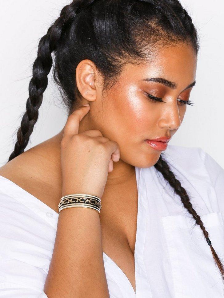 Wide Raised Chain Cuff køb smykker