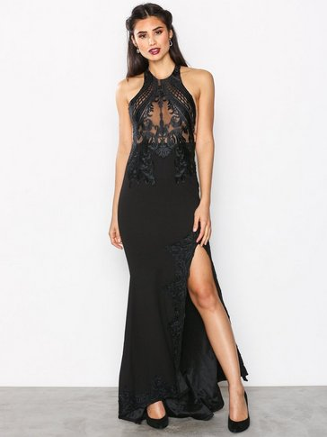 Love Triangle - Gandeur Maxi Dress