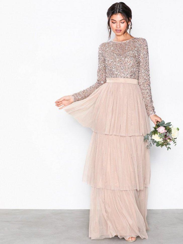 Delicate Sequin Tiered Maxi Dress køb festkjole