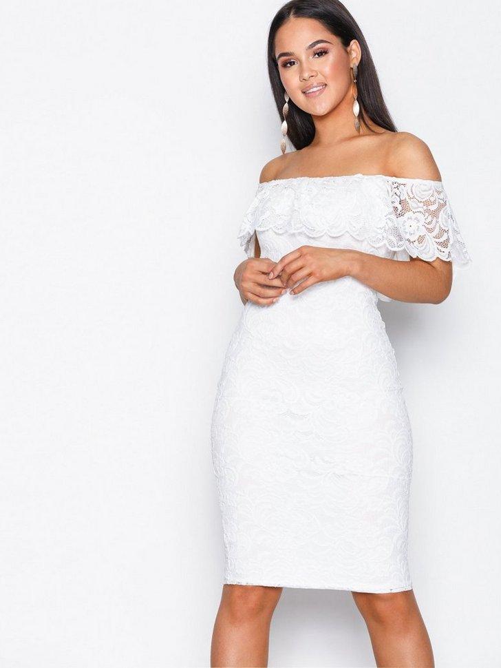 Nelly.com SE - Lace Bardot Dress 279.00 (398.00)