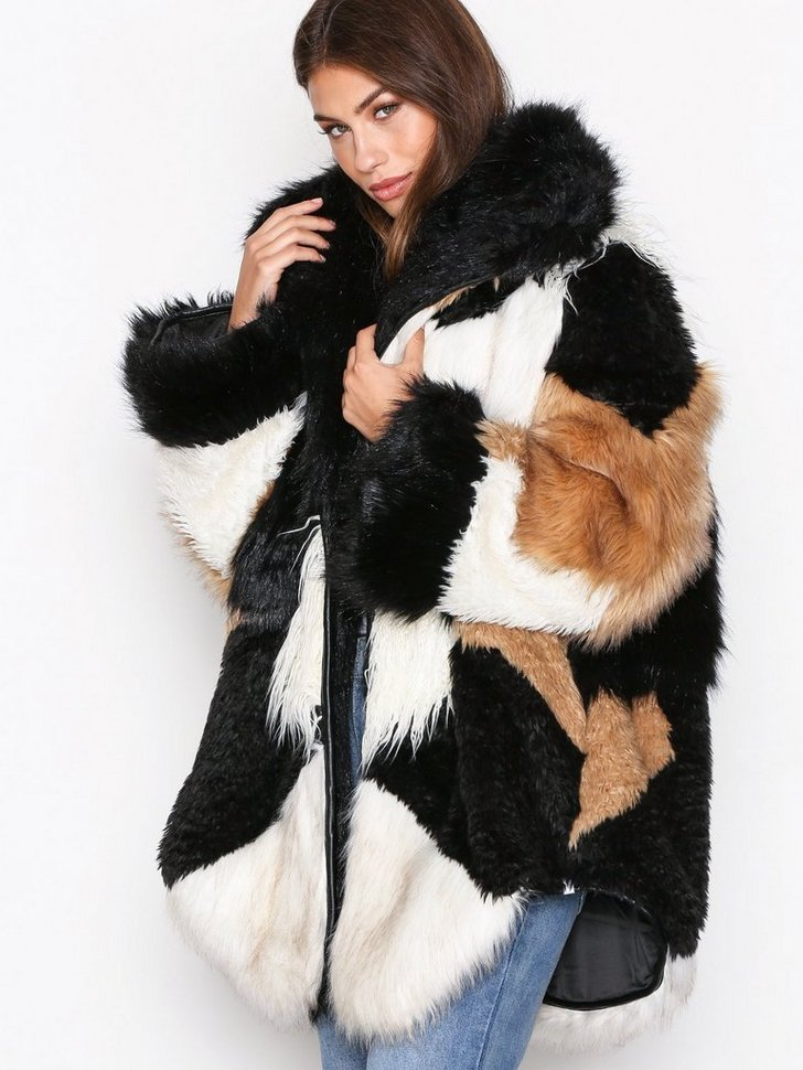 Nelly.com SE - Heartshaker Faux Fur Jacket 3998.00