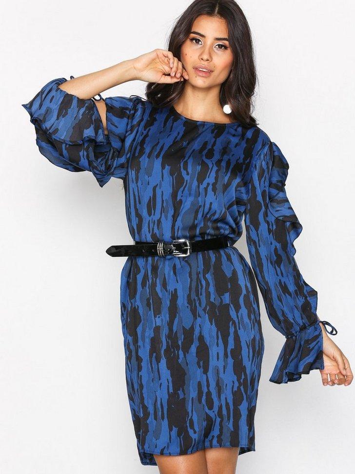 Nelly.com SE - Ina Shiny Dress 628.00