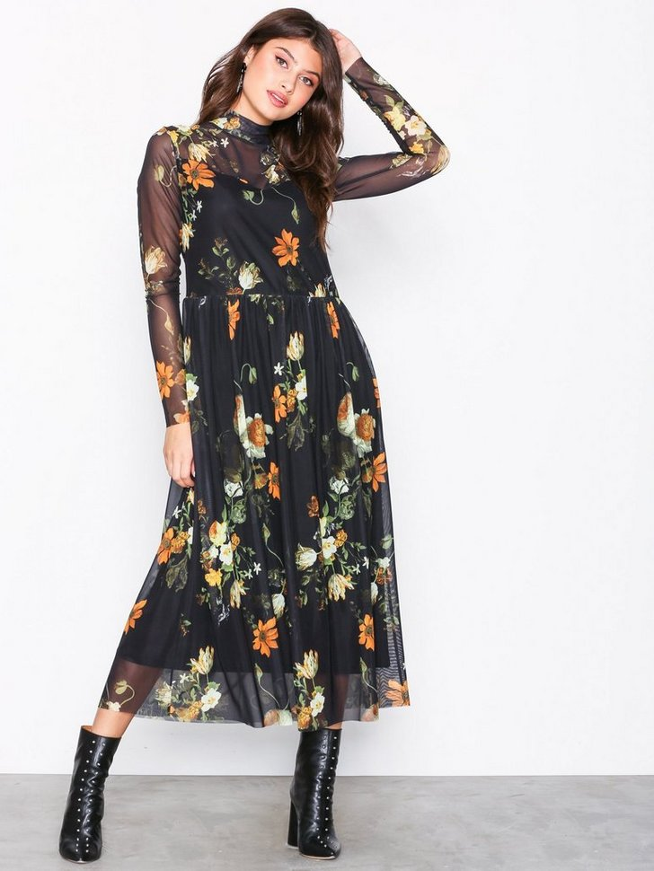 Nelly.com SE - Soleima Mesh Dress Aop 798.00