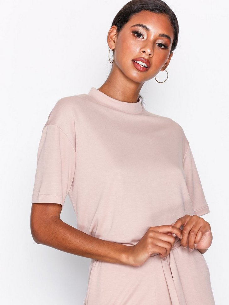 Nelly.com SE - Carrie SS Top 378.00