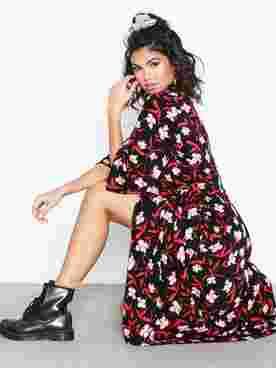 Adela Wrap Dress AOP