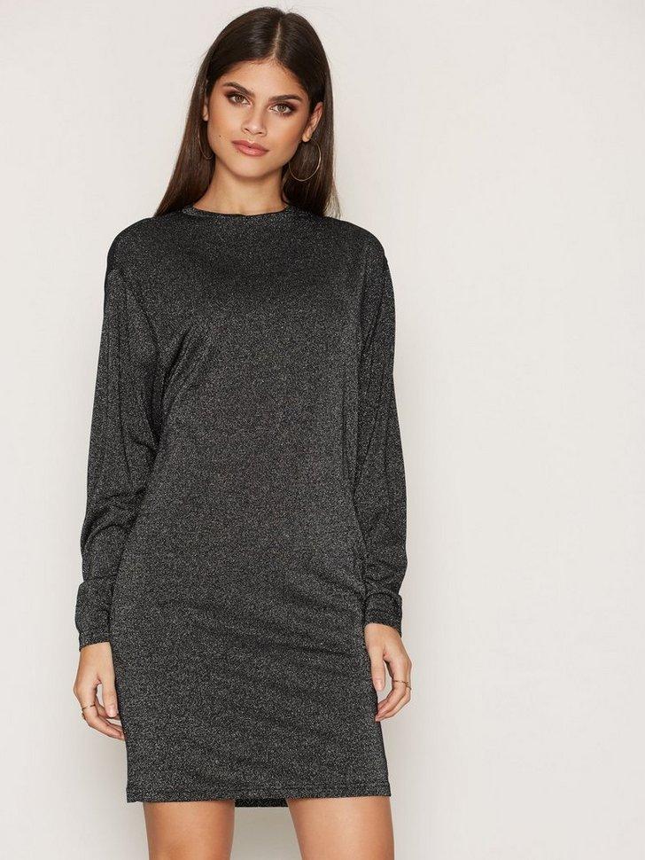 Nelly.com SE - D-Cetix-A Dress 899.00 (1498.00)