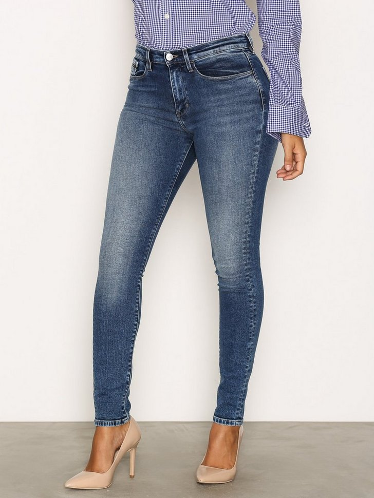 Nelly.com SE - High Rise Skinny 1298.00