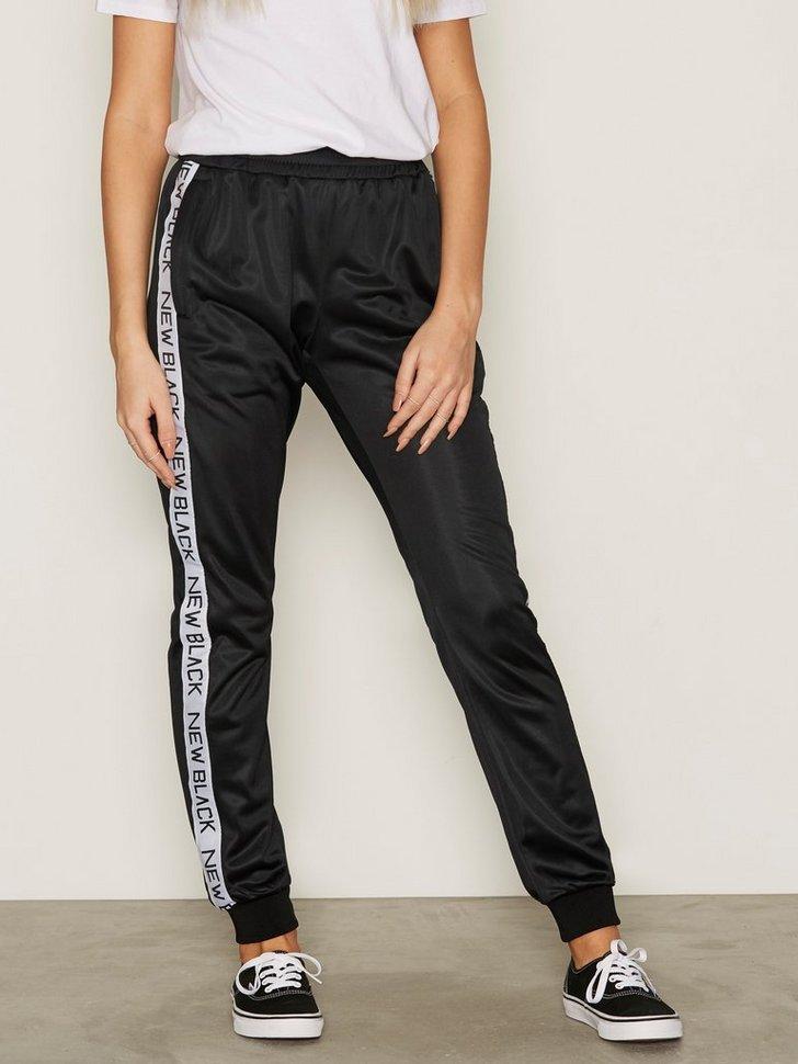 Nelly.com SE - Tony Tracksuit Pants 374.00 (748.00)