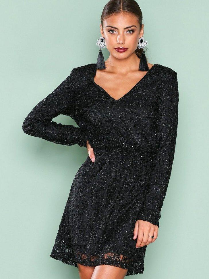 Nelly.com SE - Sparkly V Neck Dress 398.00