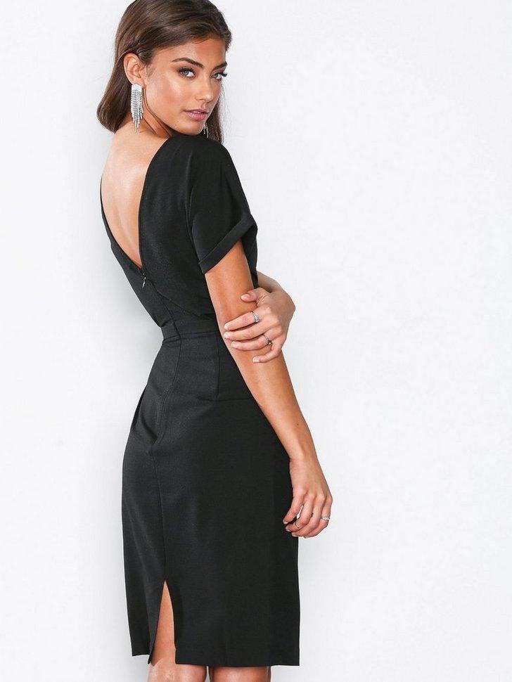 Nelly.com SE - Kimono Midi Dress 299.00 (498.00)