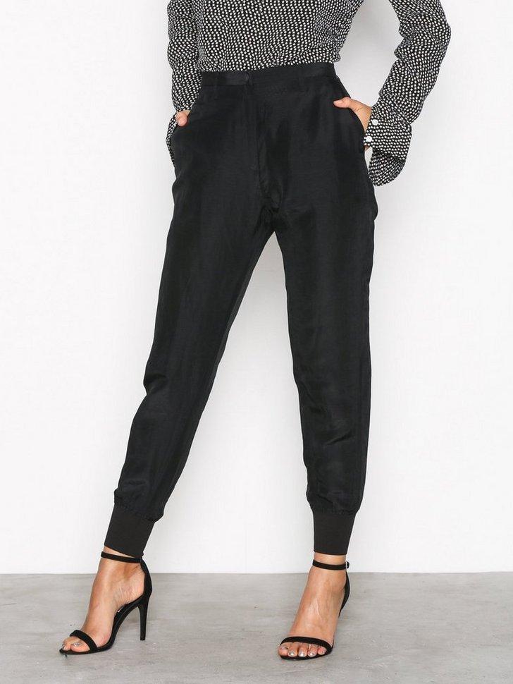 Nelly.com SE - Krissy Cuff Trouser 799.00 (1599.00)