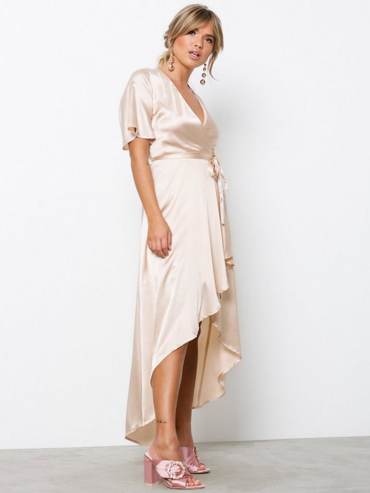 Nelly.com SE - Satin Wrap Dress 598.00