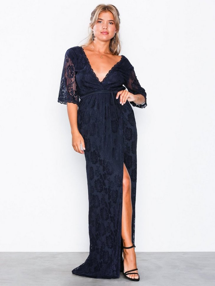 Nelly.com SE - Forever Lace Wrap Gown 798.00