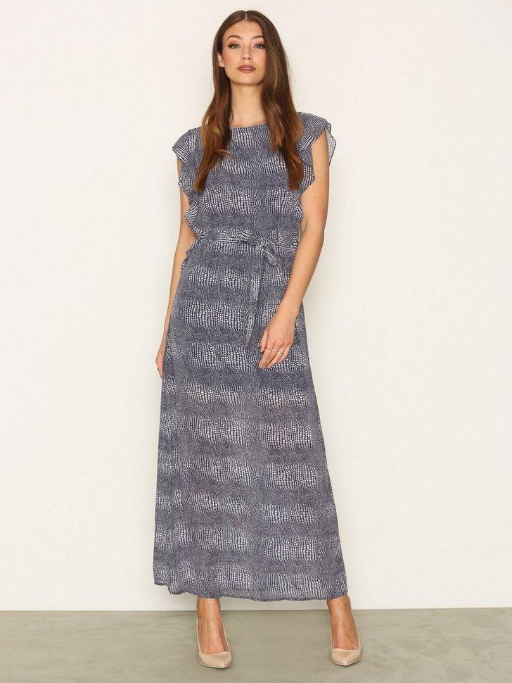 Nelly.com SE - Zephyr Maxi Dress 1247.00 (2494.00)