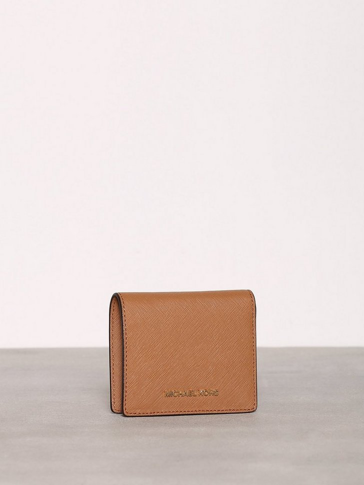 Nelly.com SE - Money Pieces Flap Card Holder 698.00