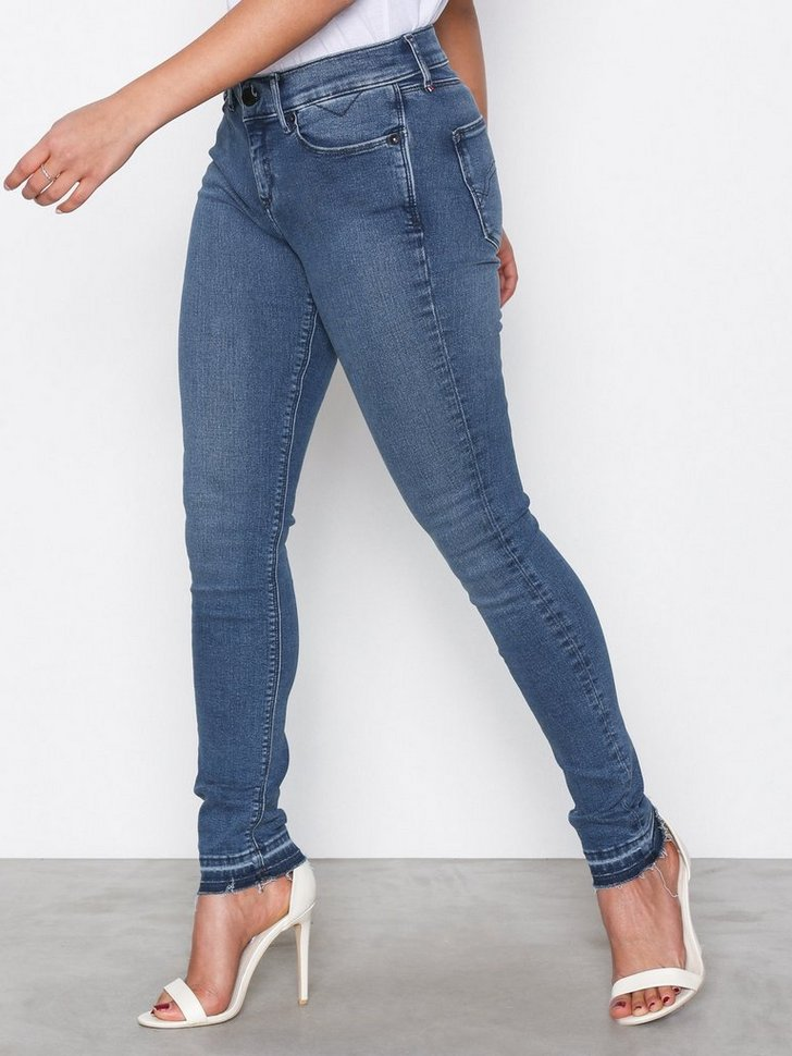 Nelly.com SE - MID RISE SKINNY NORA 519.00 (1299.00)