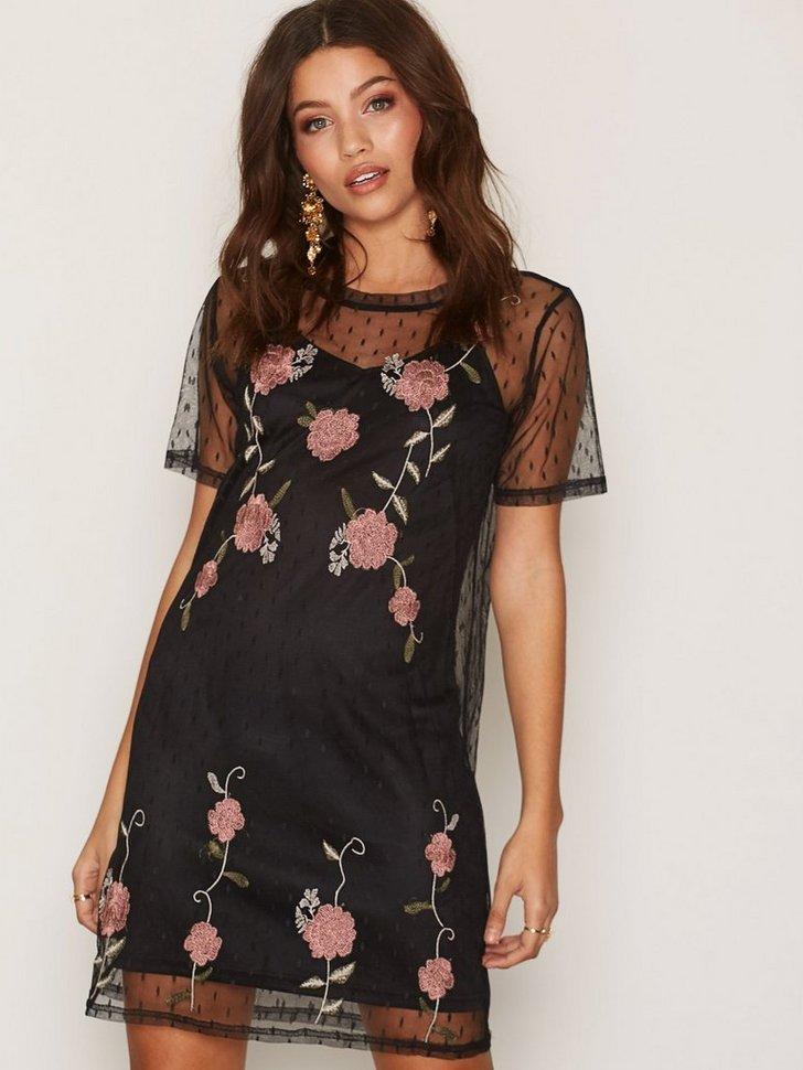 Embroidered Mesh Dress køb festkjole