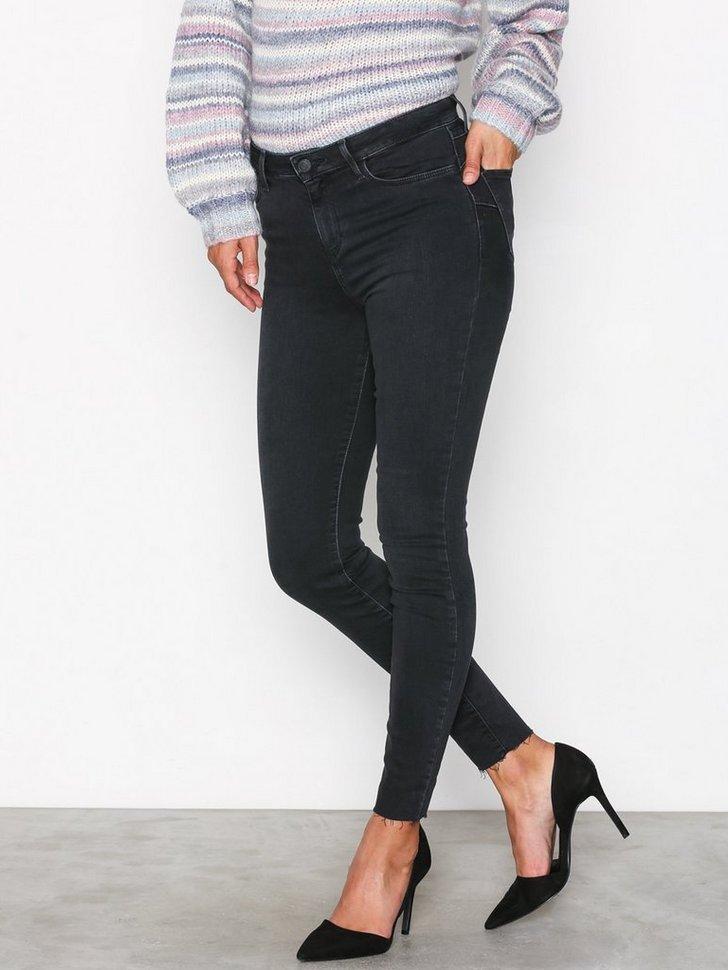 Nelly.com SE - Raw Hem Skinny Shape Jeans 398.00