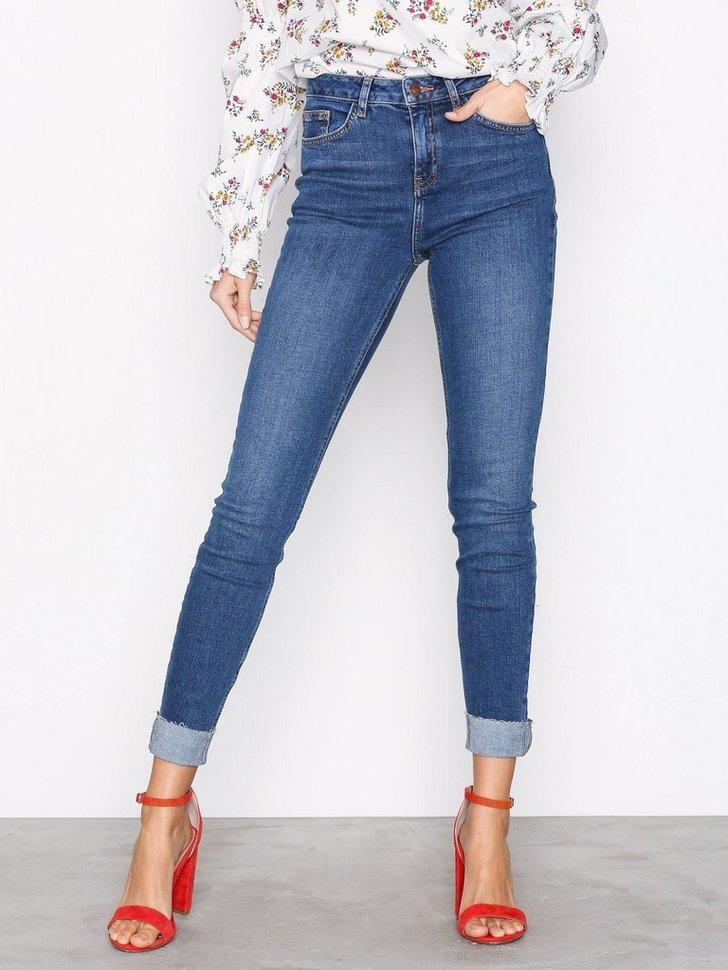 Nelly.com SE - Turn Up Hem Skinny Jenna Jeans 209.00