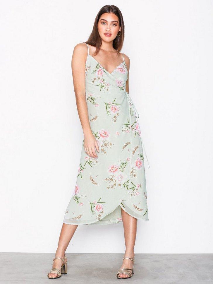 Nelly.com SE - Floral Wrap Front Midi Dress 278.00