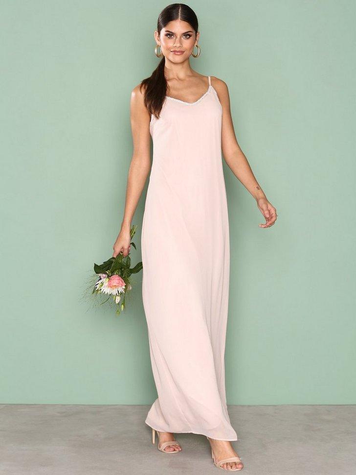 Nelly.com SE - Simple Sparkle Gown 349.00 (698.00)
