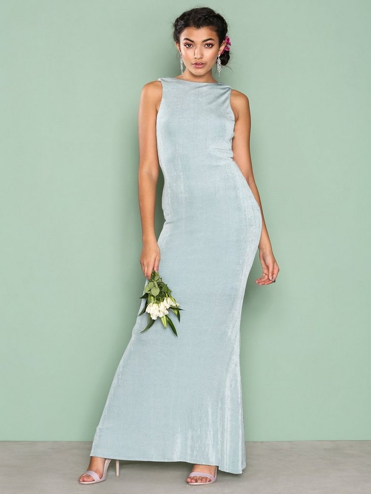 Nelly.com SE - Sleeveless Gown 199.00