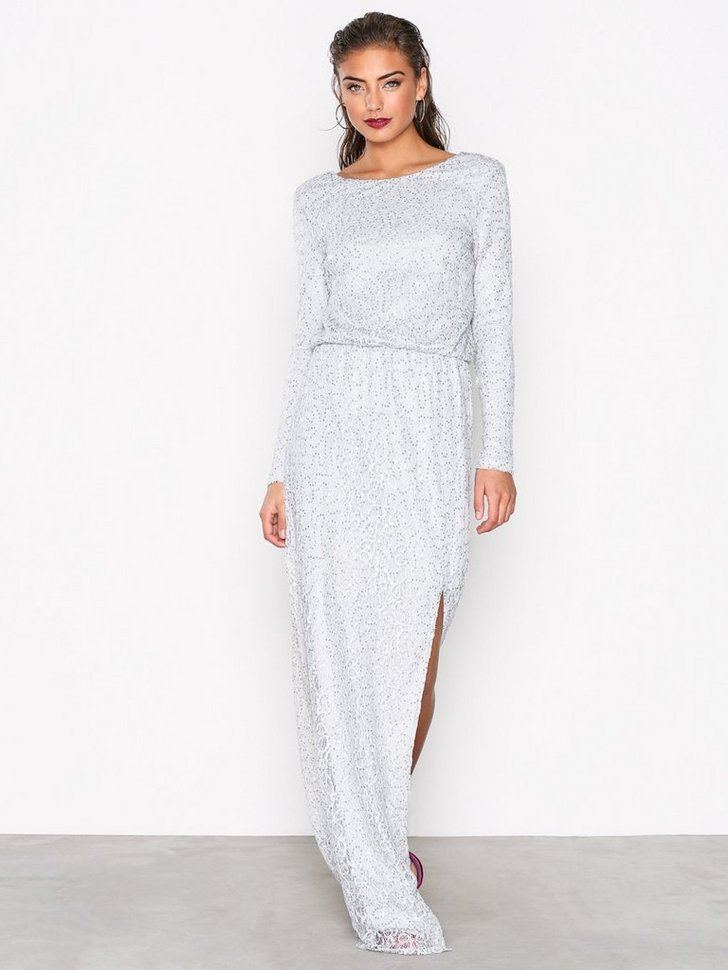 Nelly.com SE - Sparkly Lace Gown 698.00