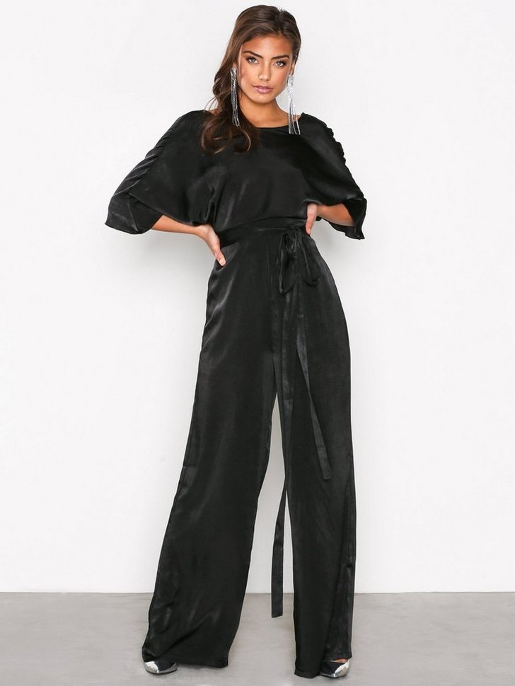 Nelly.com SE - Kimono Sleeve Jumpsuit 119.00 (598.00)