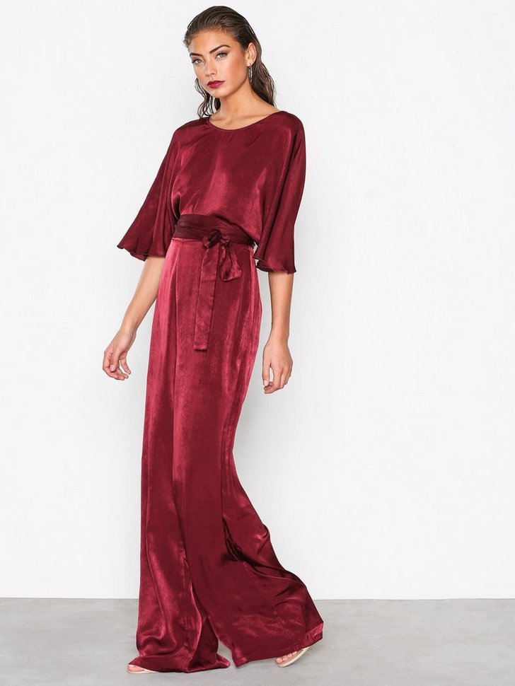 Nelly.com SE - Kimono Sleeve Jumpsuit 239.00 (598.00)