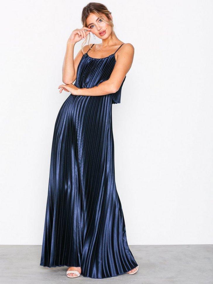 Pleated Satin Gown køb festkjole