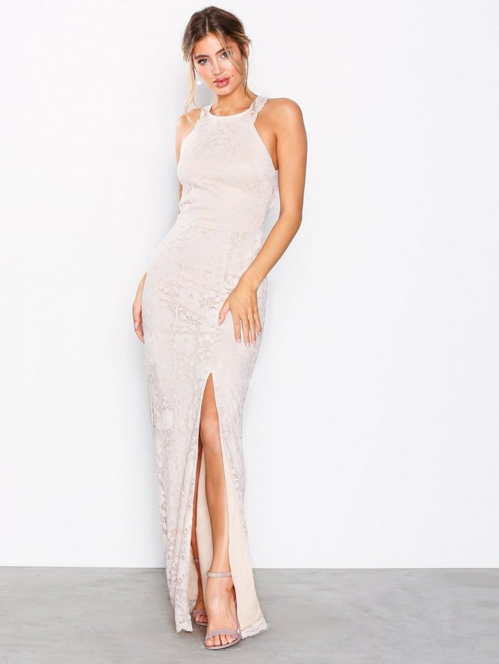 Nelly.com SE - Open Back Lace Gown 798.00