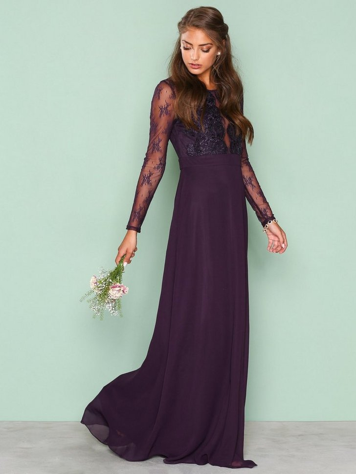 Nelly.com SE - Whenever Lace gown 598.00