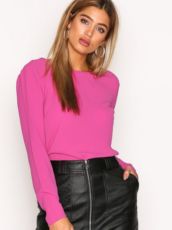 Nelly.com SE - Tied Blouse 149.00 (298.00)
