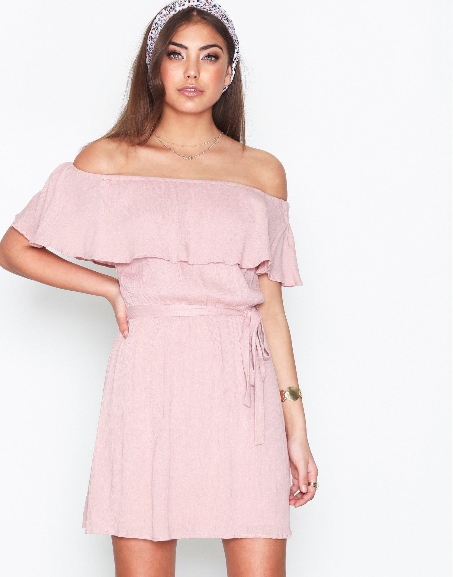 Singoalla Short Dress by Nly Trend