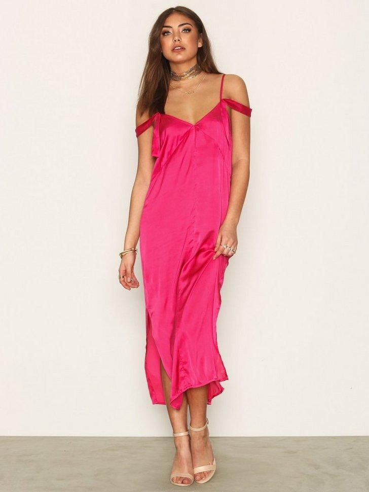 Nelly.com SE - Fashionista Slip Dress 79.00 (398.00)