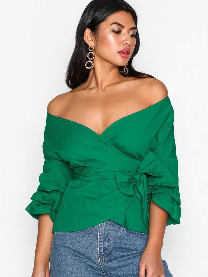 Nelly.com SE - Wrap Shoulder Blouse 159.00 (398.00)
