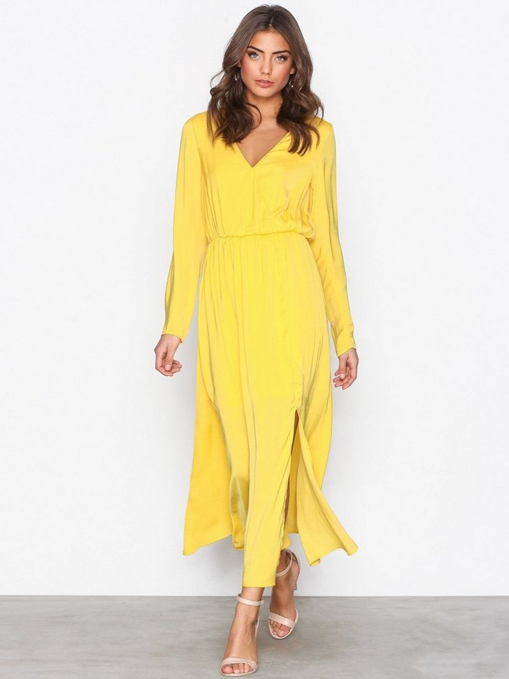 Nelly.com SE - Dream Dress 498.00