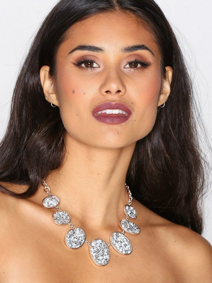 Nelly.com SE - Encrusted Collar Necklace 178.00