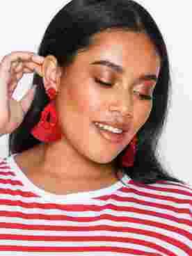 Pom Tassle Earrings