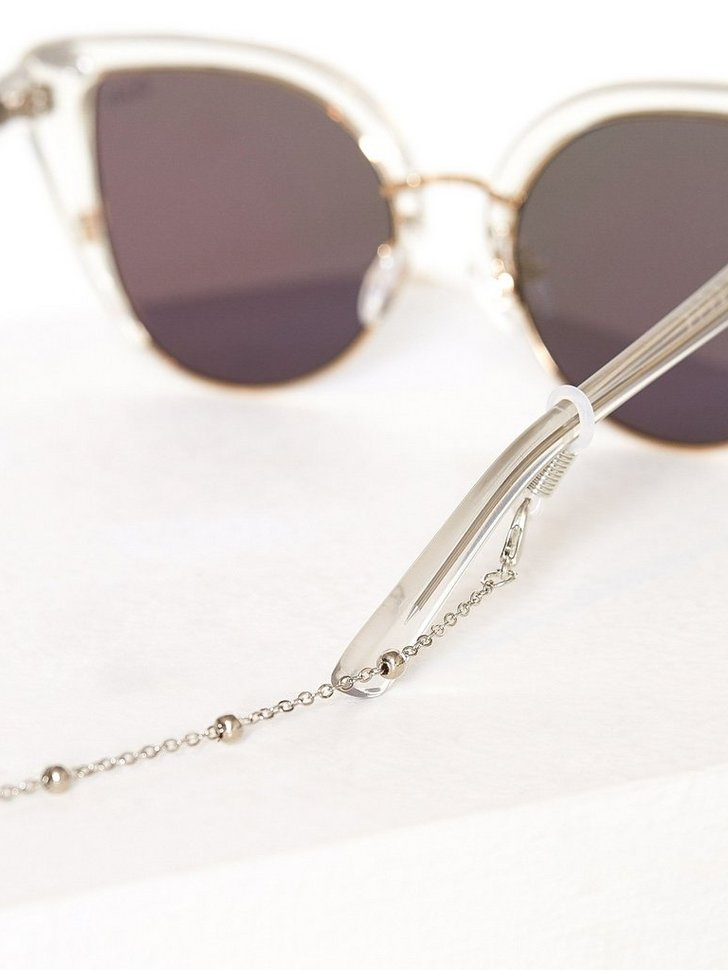 Nelly.com SE - Exclusive Sunglasses Strings 68.00