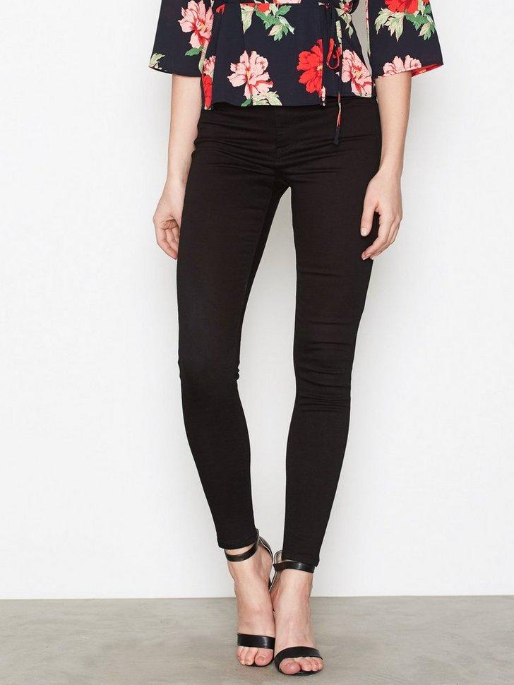 Nelly.com SE - Jamie Jeans 179.00
