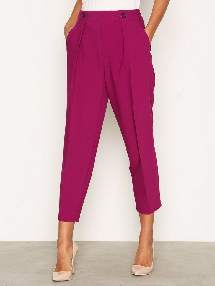 Nelly.com SE - Eyelet Front Peg Trousers 448.00