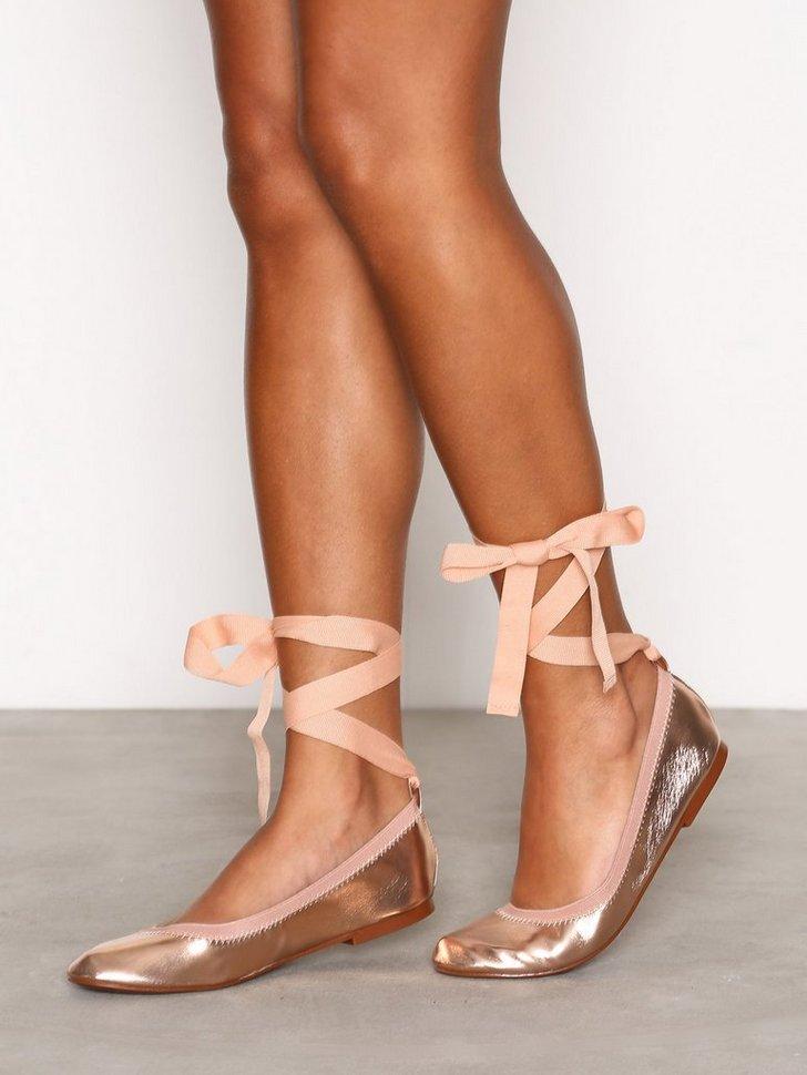 Nelly.com SE - Elastic Ballet Shoes 174.00