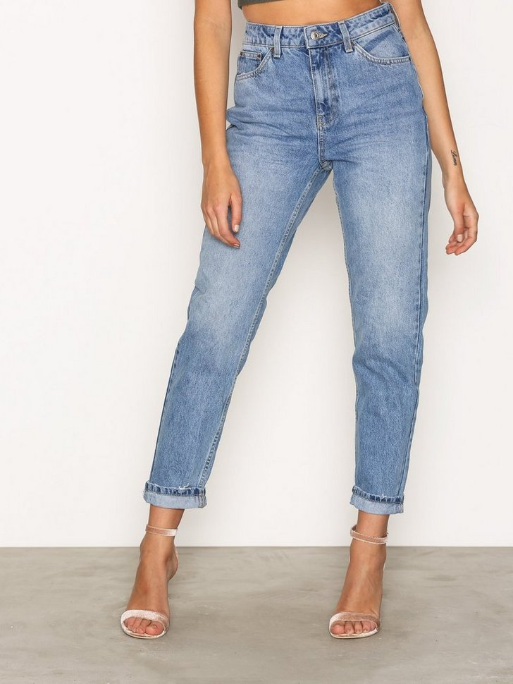 Nelly.com SE - MOTO Mid Blue Mom Jeans 498.00