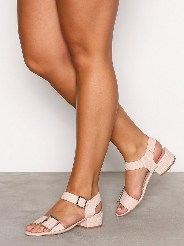 Nelly.com SE - DARE 2Part Mid Sandals 378.00