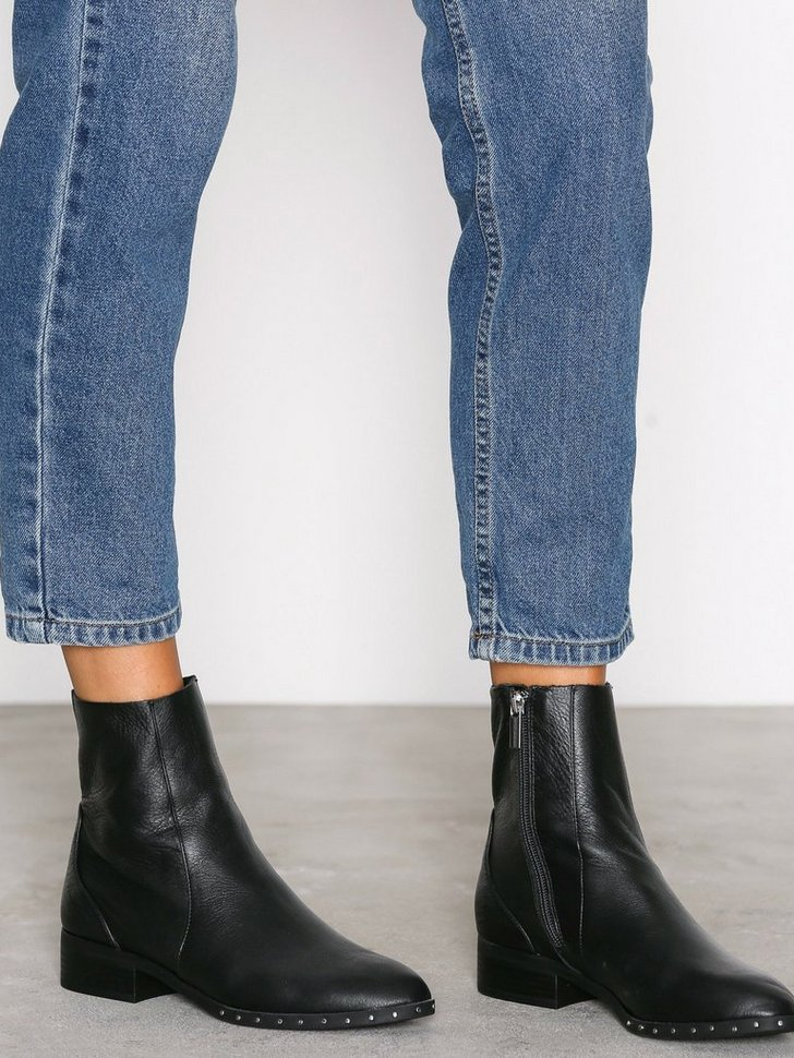 Nelly.com SE - Kash Leather Sock Boots 598.00